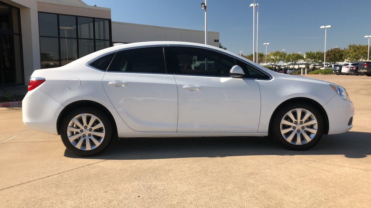 Certified Pre-Owned 2015 Buick Verano 4dr Sdn w/1SD